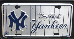 NY Yankees car plate
